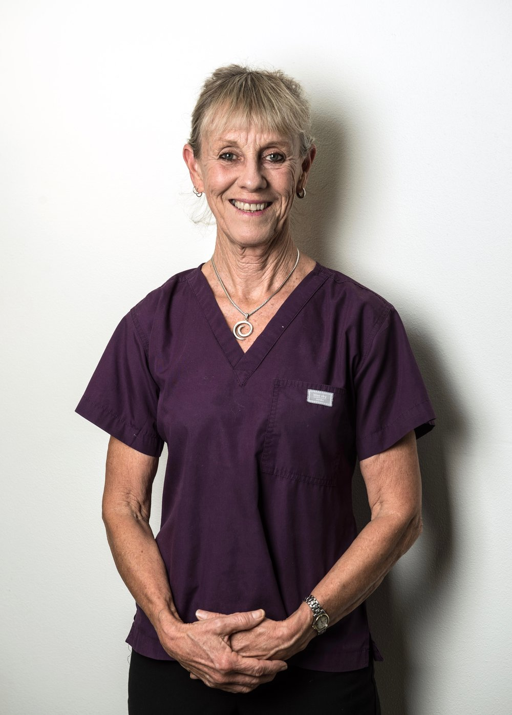 Orthodontic Assistant - Karen   Karen has lived in the Eastern Suburbs all her life and has worked in many varied jobs but always had a desire to work in the dental industry. She joined the Practice as a chair side assistant 10 years ago. Karen now lives in Bellevue Hill with her cat Peppa. She keeps fit by going to the gym with a keen interest in yoga.  She loves reading, walking cooking and relaxing on the beach. She also enjoys riding her VESPA!!