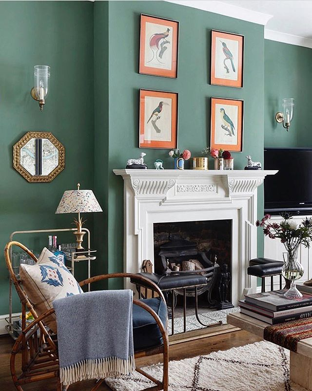 Calming Sunday colours by the talented @rococo_londoninteriors - just love the orange prints against teal 🍊🍊🍊[regram from @houseandgardenuk] • • • • • #interiordesign #interiordesigner #interiors #interiorstyle #interiorstyling #interiordetails #homedecor #decoration #orange #prints #wallprints