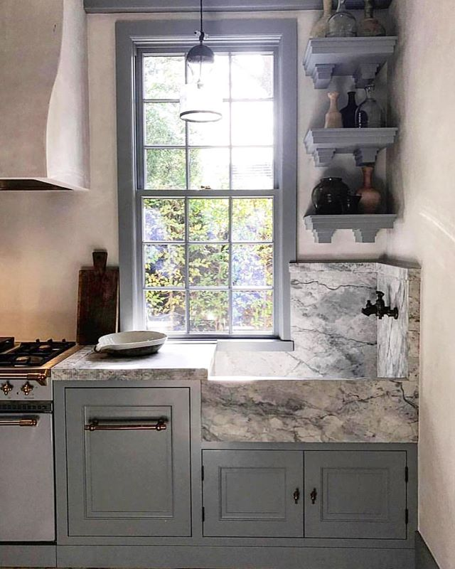 Just love this duck egg blue kitchen with that amazing corner marble sink set up! Practical and beautiful 💙💙💙 regram @ashleytstark • • • • • #interiordesign #interiordesigner #interiors #interiorstyle #interiorstyling #interiordetails #homedecor #decoration #kitchen #kitcheninspo #kitchendecor #kitchendesign #kitchensink #marblesink #marble #marblekitchen #kitchenmarble #bluekitchen #blue #bluejoinery