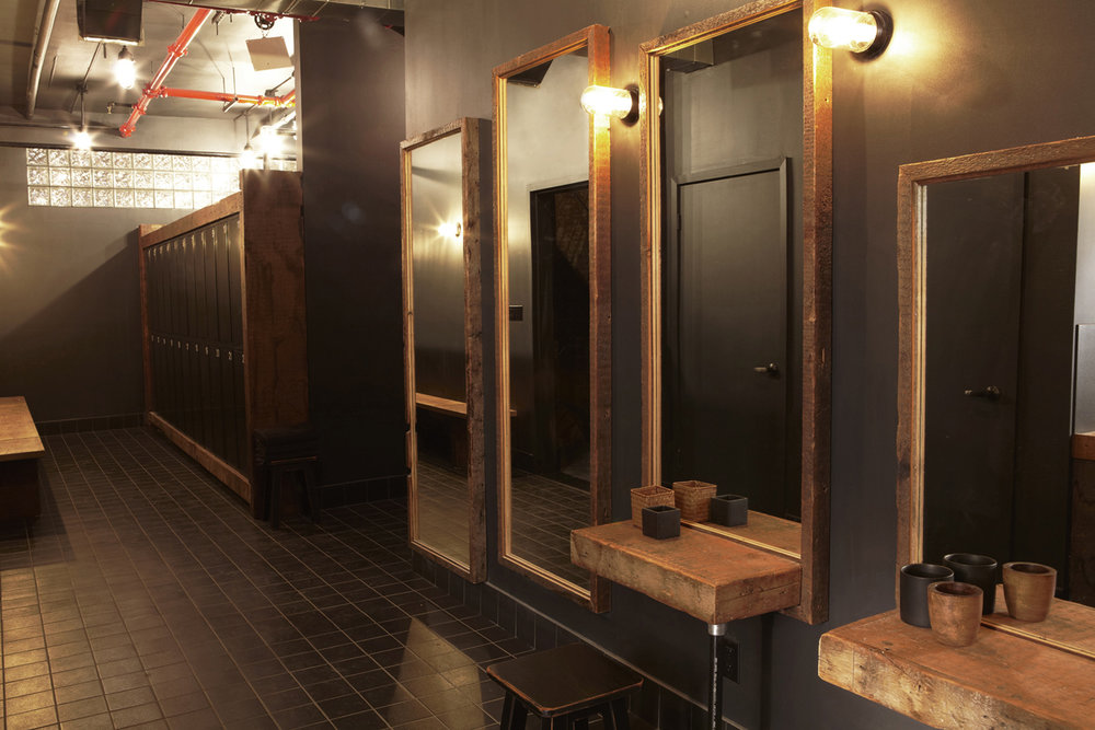 AQUASTUDIO-lockers.jpg