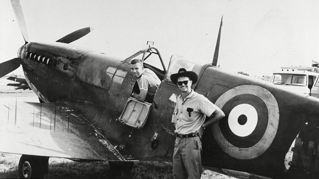 Connie Edwards (standing) with Spitfire MH415.