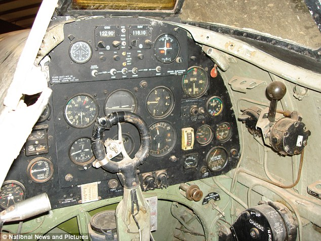 Time capsule cockpit