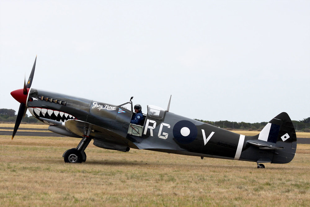 Supermarine Spitfire VH-HET at Point Cook 2014