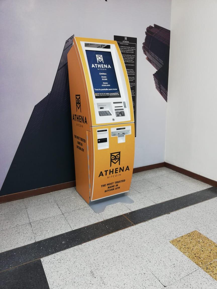Cajero de Bitcoin en CAT.jpeg