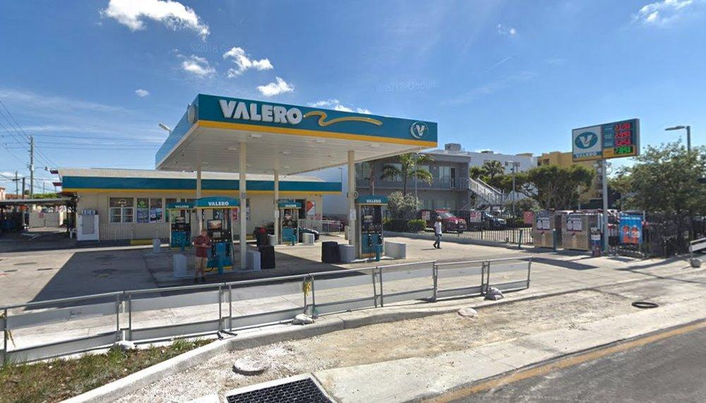 Valero West Flagler 3.jpg