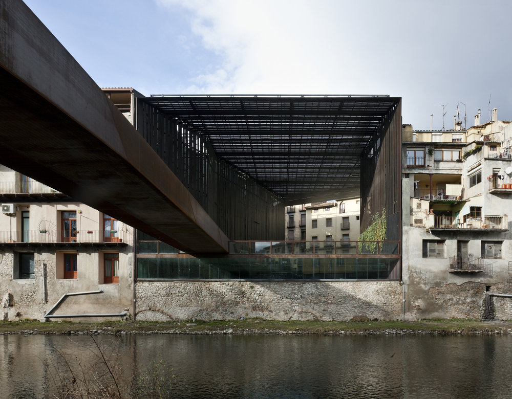 520af68de8e44e28fb000054_public-space-teatro-la-lira-rcr-arquitectes_1234-c (1).jpg