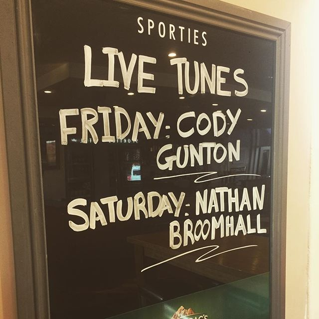 We have some great live music lined up this weekend. Be sure to come in and have a boogie or even just come and enjoy the tunes from these talented artists #sportieslaunceston #launcestonpubs #launcestoneats #music #livemusic