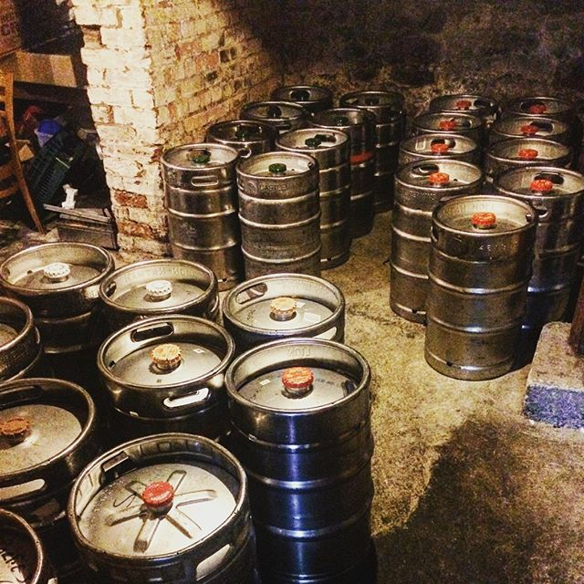 We are all stocked up for a massive weekend ahead of us! #sportieslaunceston #launcestoneats #launcestonpubs #sport #beer #kegs
