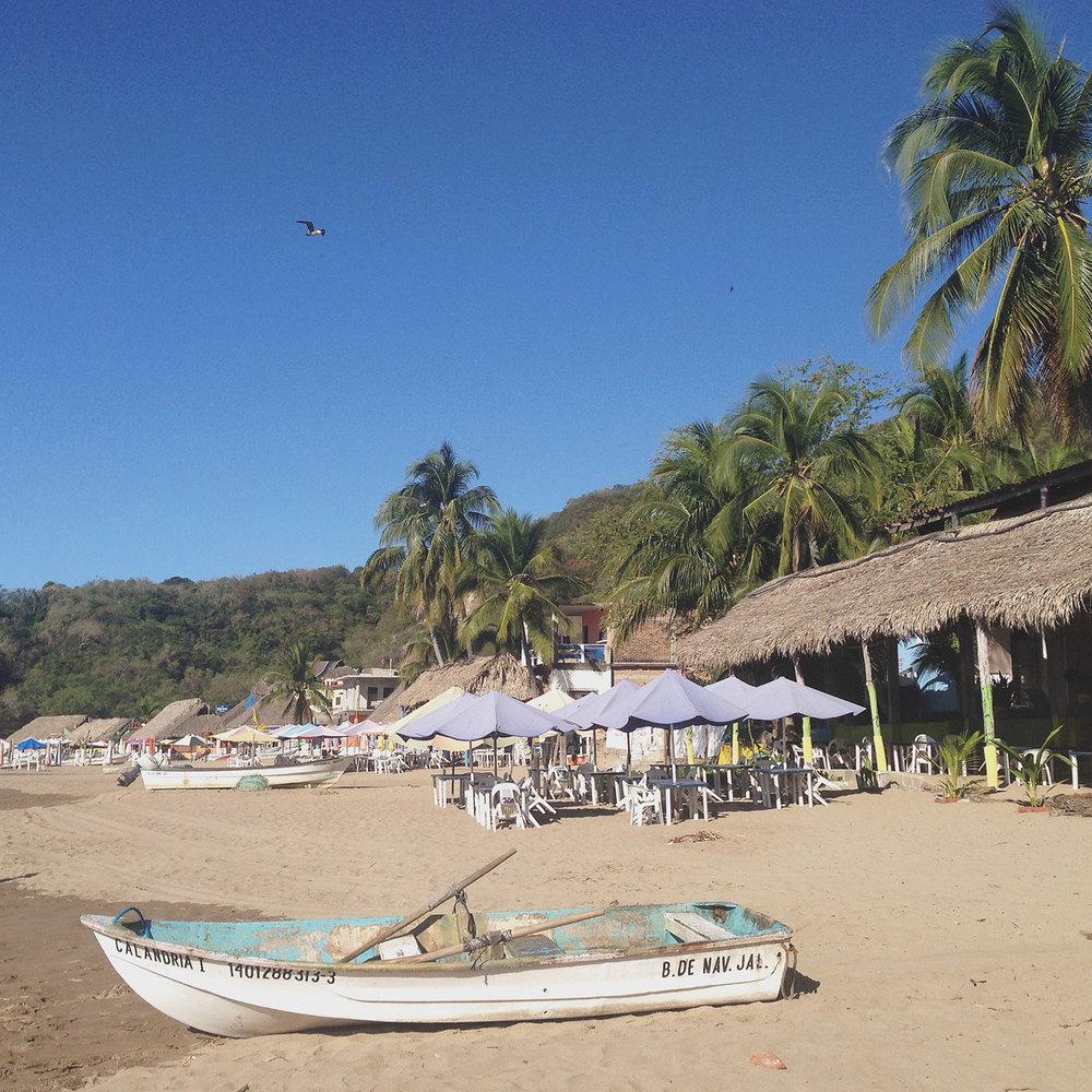 Bea Rue Professional Freelance Wedding Event Travel Photographer Jalisco Mexico Beach Town.jpg