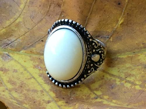 White Jade heart pendant