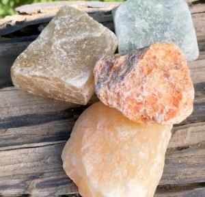 Calcite: Stone of Healing  Chakra: Solar Plexus  Zodiac: Cancer