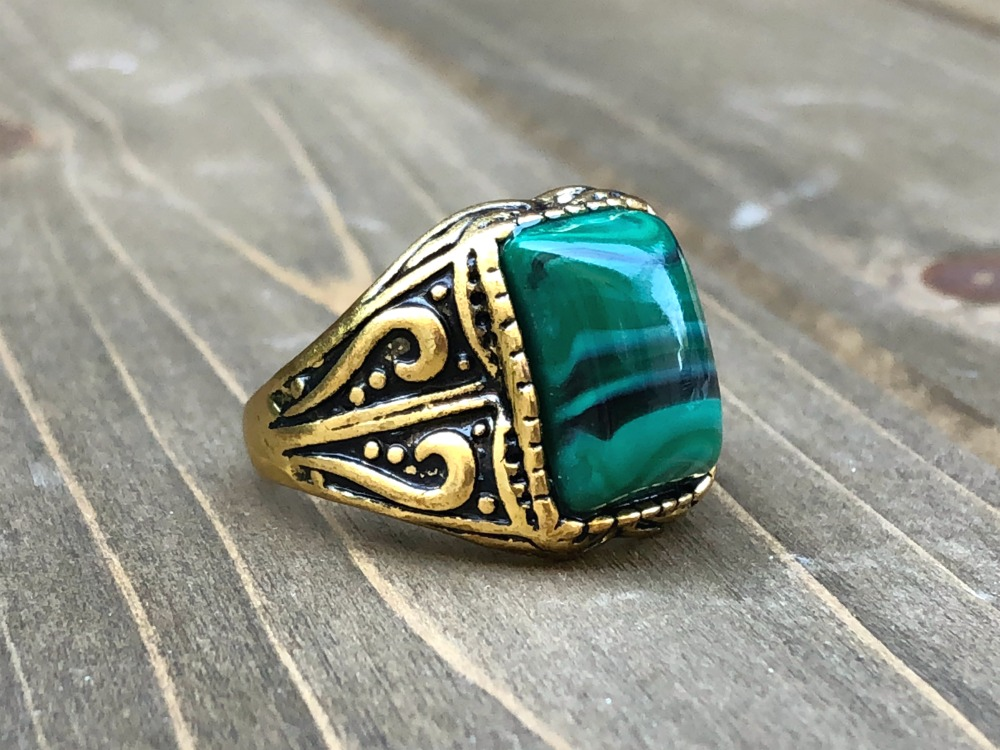 Malachite 100 Grand ring.jpg