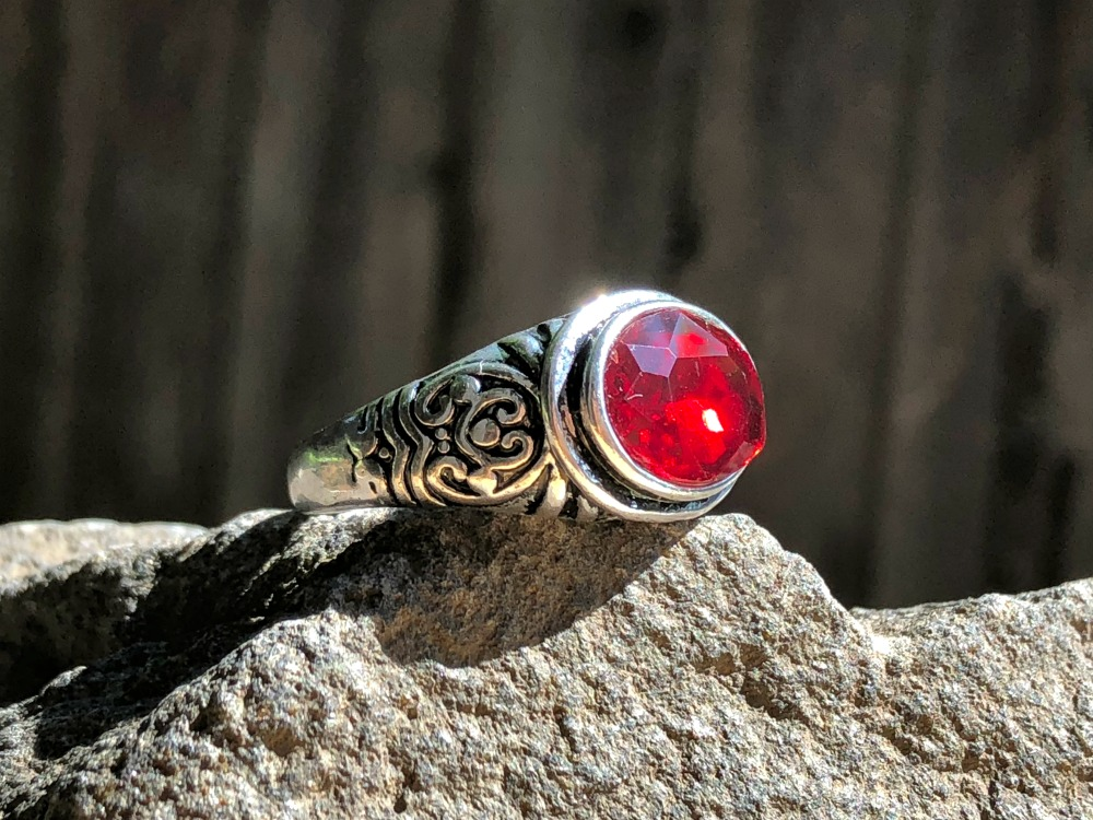 Red Spinel Simple Elegance ring.jpg