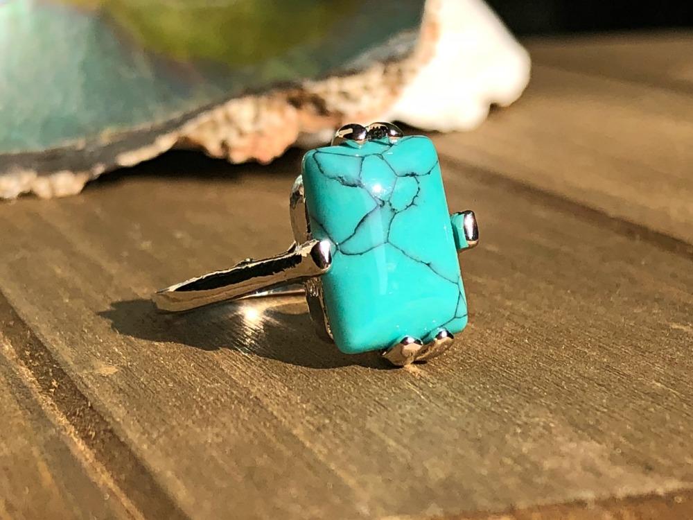 Turquoise Howlite healing