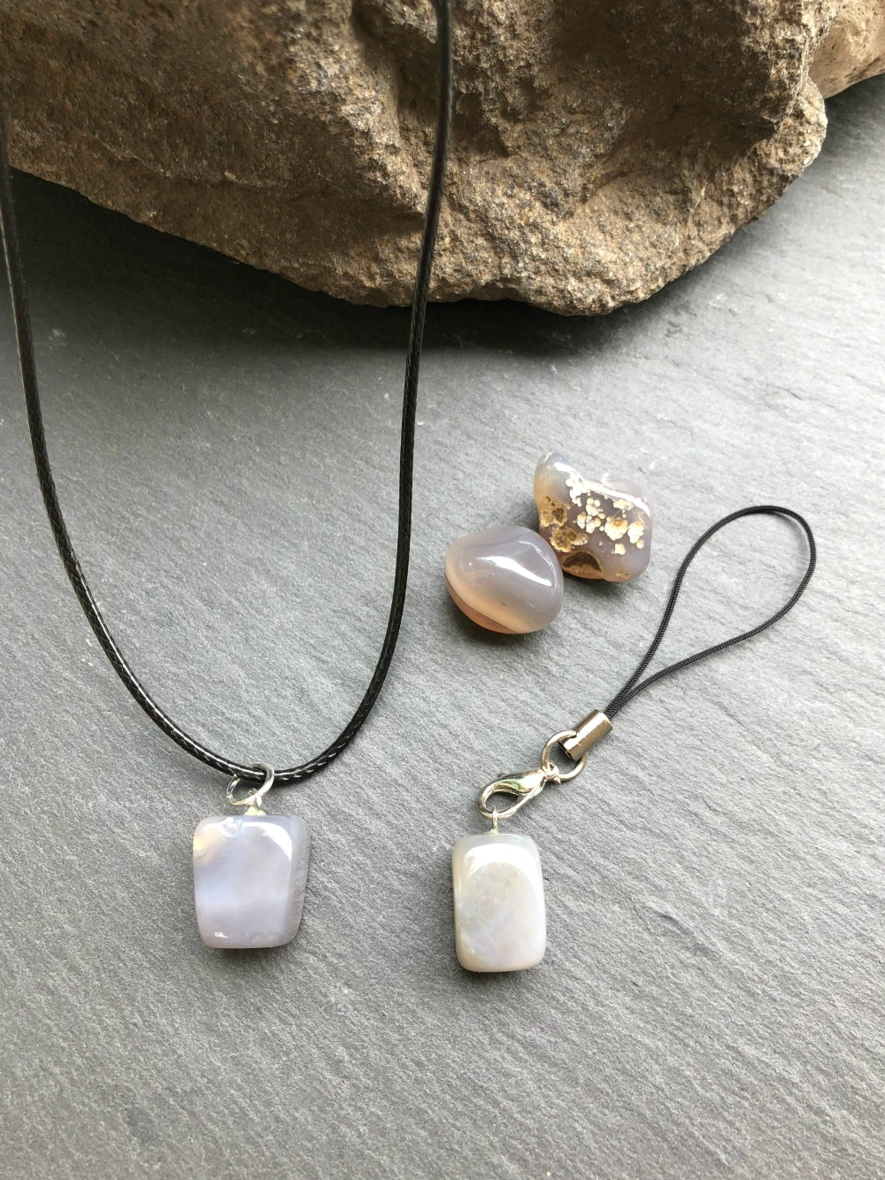 gray agate meaning