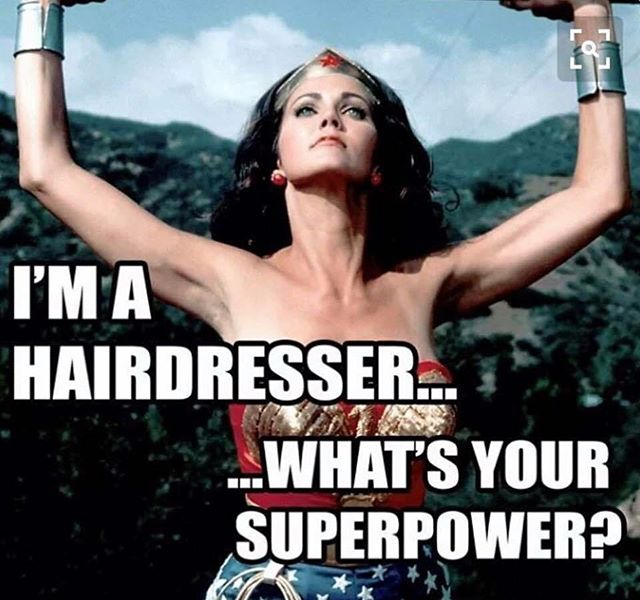Hairdresser & woman! 💪🏼 #internationalwomensday #hairdresser