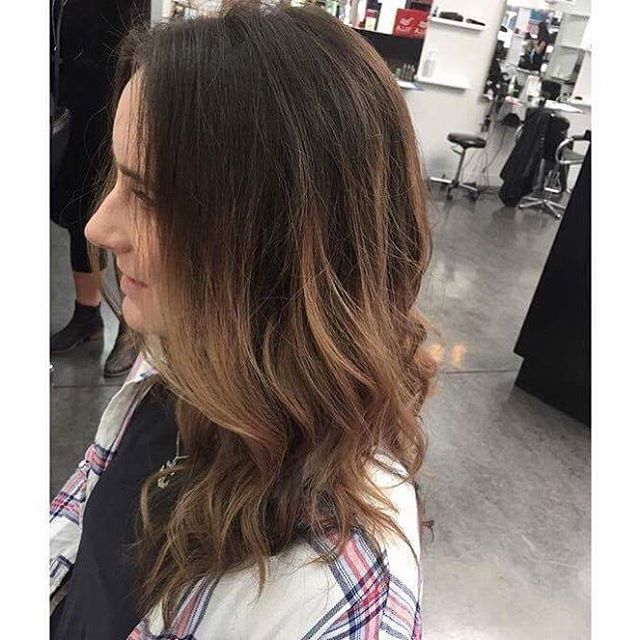 Alex is at it again! And it's good, like really good! 🙋🏼👏🏻✨ . . #nofilter #greathair #lovewhatyoudo #palmerstonnorthhairdresser #haircut #haircolour #spectrahairpn #haircolor #palmerstonnorth #ombre #loveyourhair