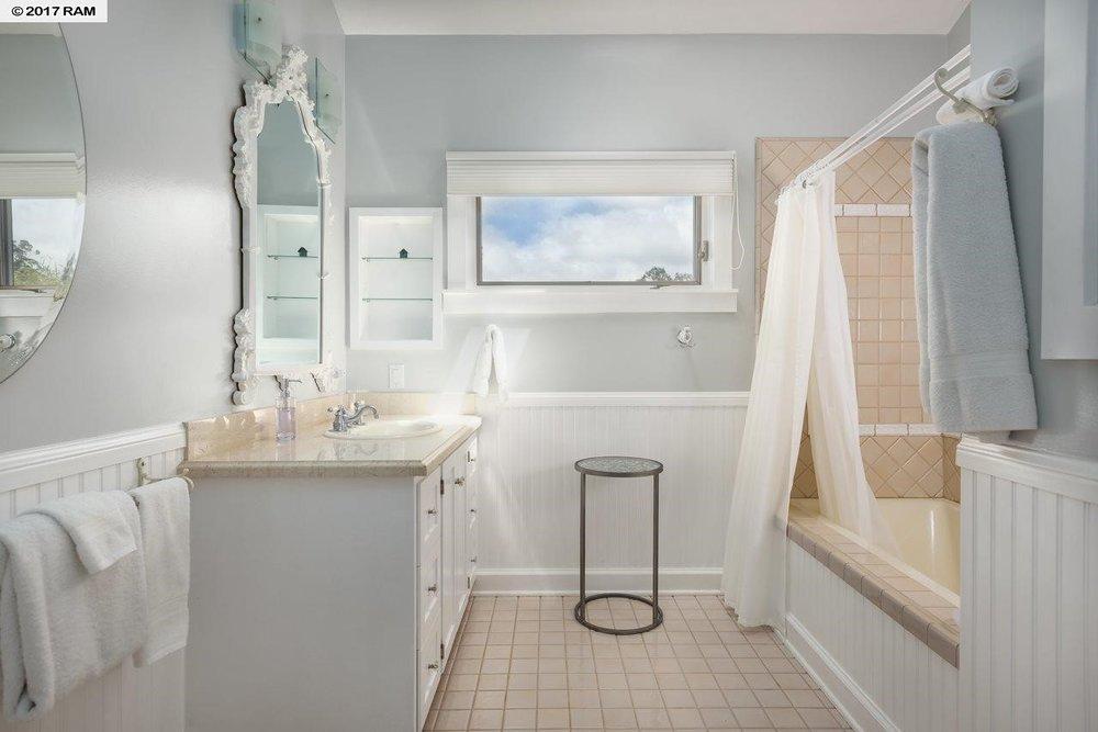 Bedrooms & Baths3.jpg