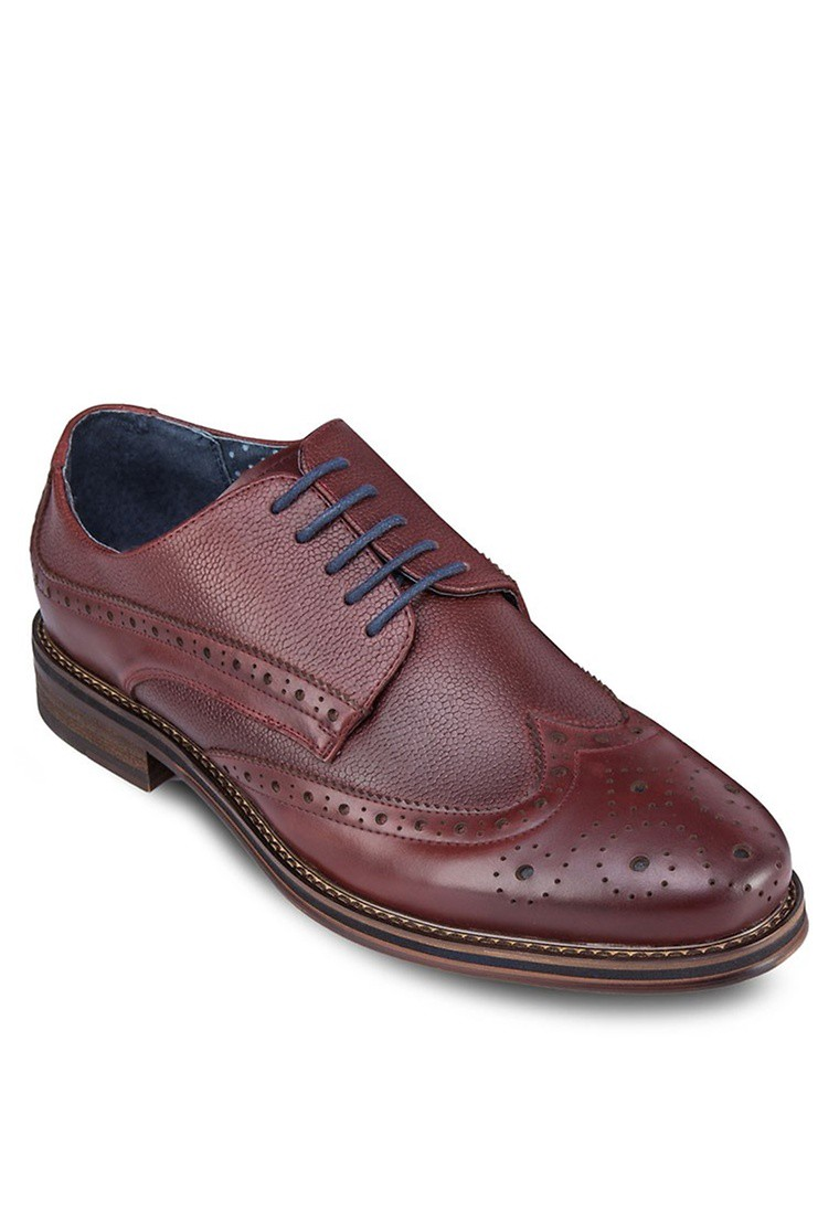 Pebbled Leather Brogues