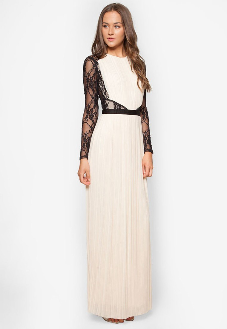 Lace Sleeve Pleated Maxi Dress