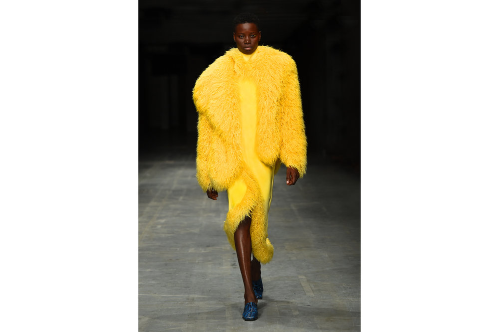 Angel Chen milano fashion show look 2-Edit.jpg