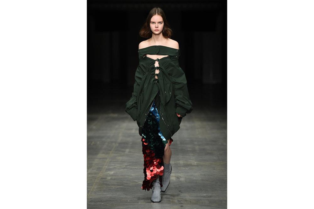 Angel Chen milano fashion show look 3-Edit.jpg
