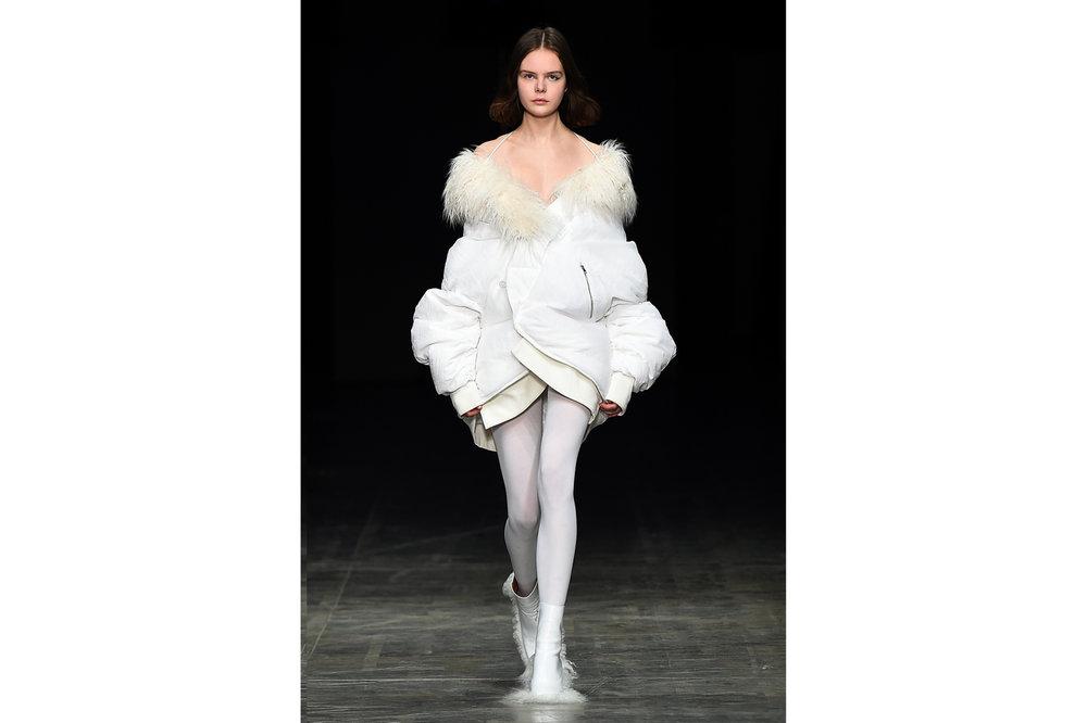 Angel Chen milano fashion show look 8-Edit.jpg