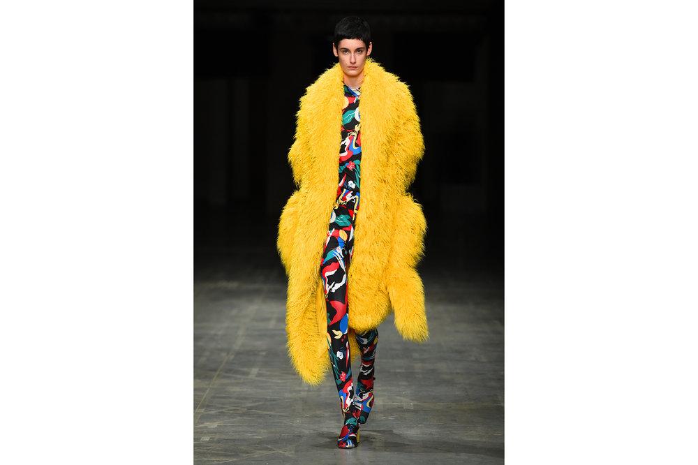 Angel Chen milano fashion show look 11-Edit.jpg