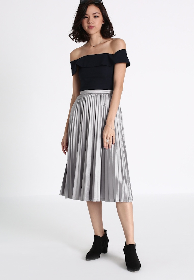 LOVE BONITO Marikate Pleated Midi Skirt