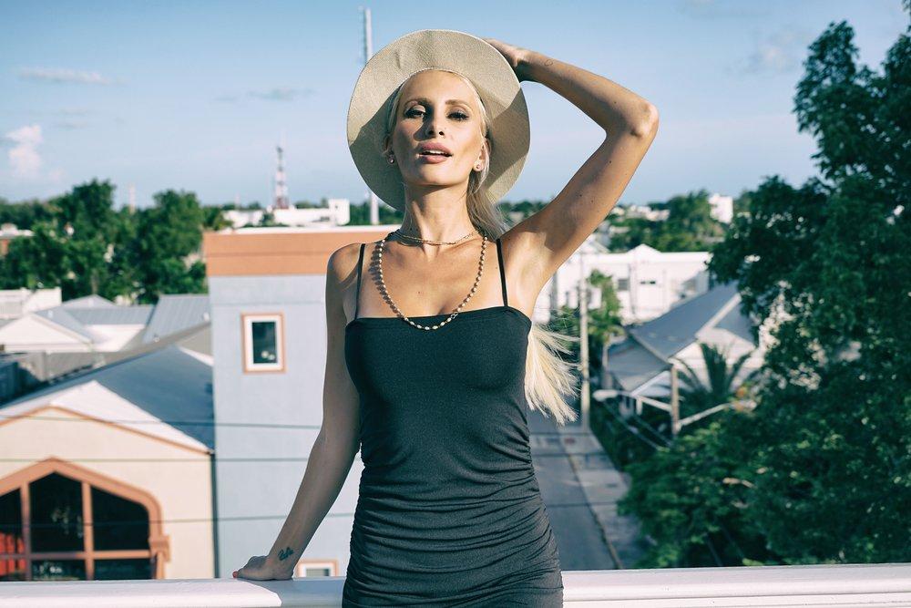 beautiful-blond-hair-daytime-1362493.jpg