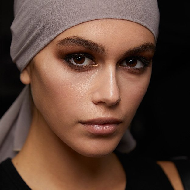xNYFW-SS19-Beauty-Trends-ca.jpg.pagespeed.ic.drEdWpEZMv.jpg