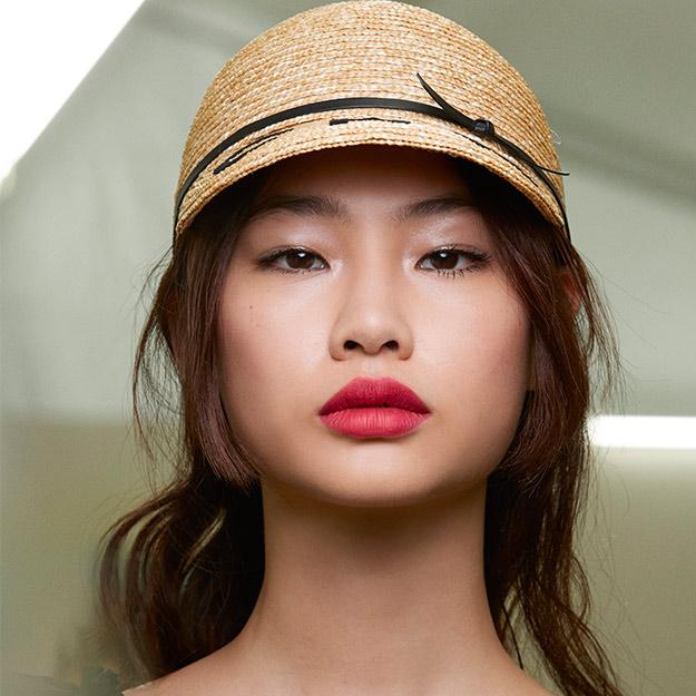 Beauty-Chanel-SS19-3.jpg