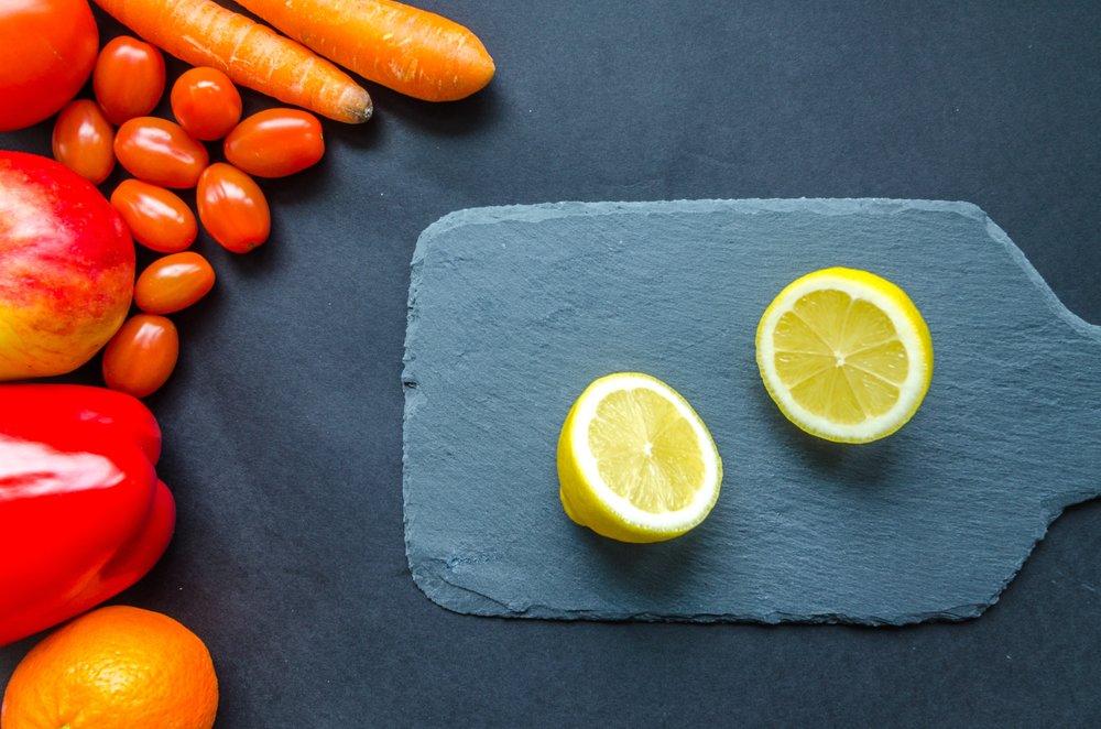 board-carrots-citrus-952480.jpg