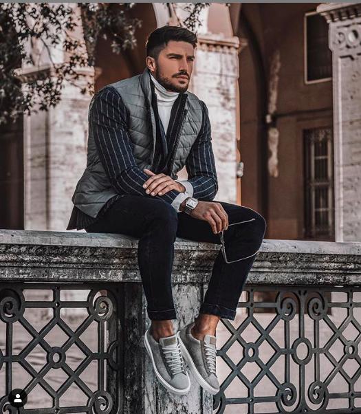 Credit : @marianodivaio Instagram