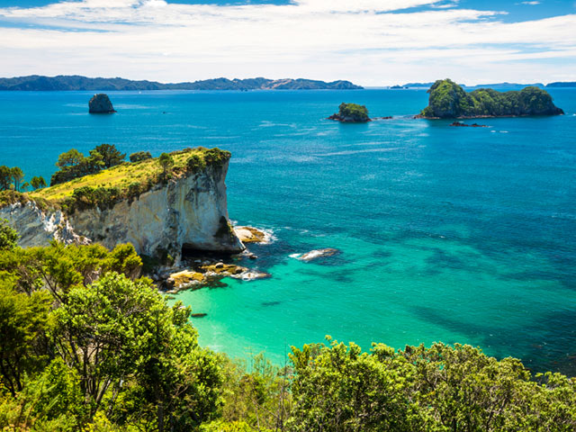 places-to-visit-for-solo-female-travellers-new-zealand-2.jpg