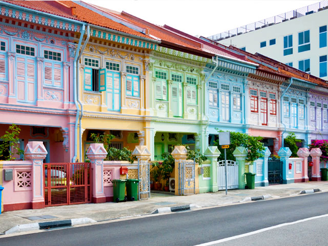 places-to-visit-for-solo-female-travellers-singapore.jpg
