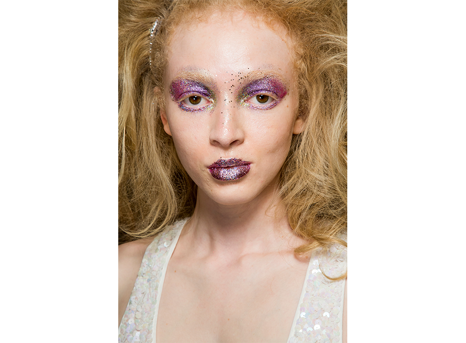 London-Fashion-Week-AW19-Beauty-Ashish.jpg