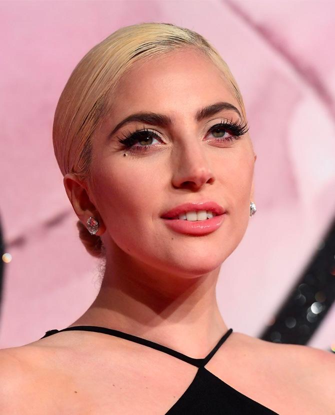 Lady-Gaga-Best-Beauty-Looks-ca.jpg