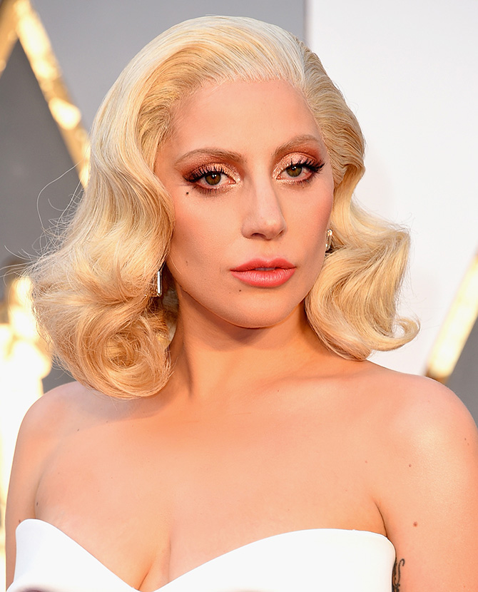 Lady-Gaga-Best-Beauty-Looks-4.jpg