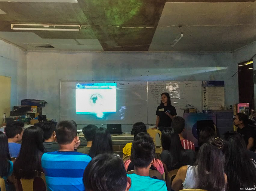 Jesah sharing her experiences as a researcher to students of Salay National High School.
