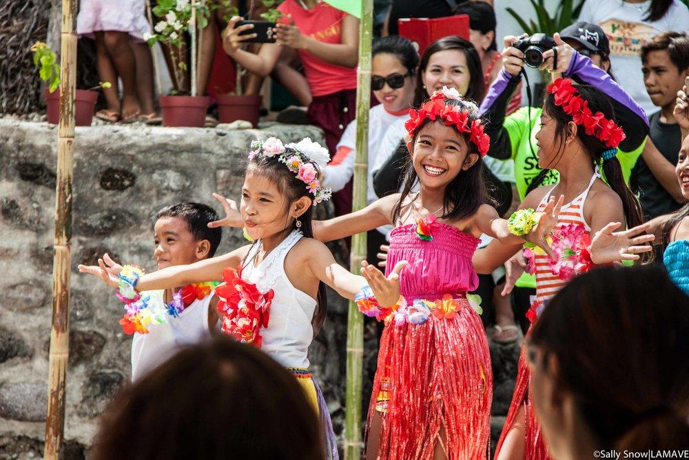 Apo Island primary school performance