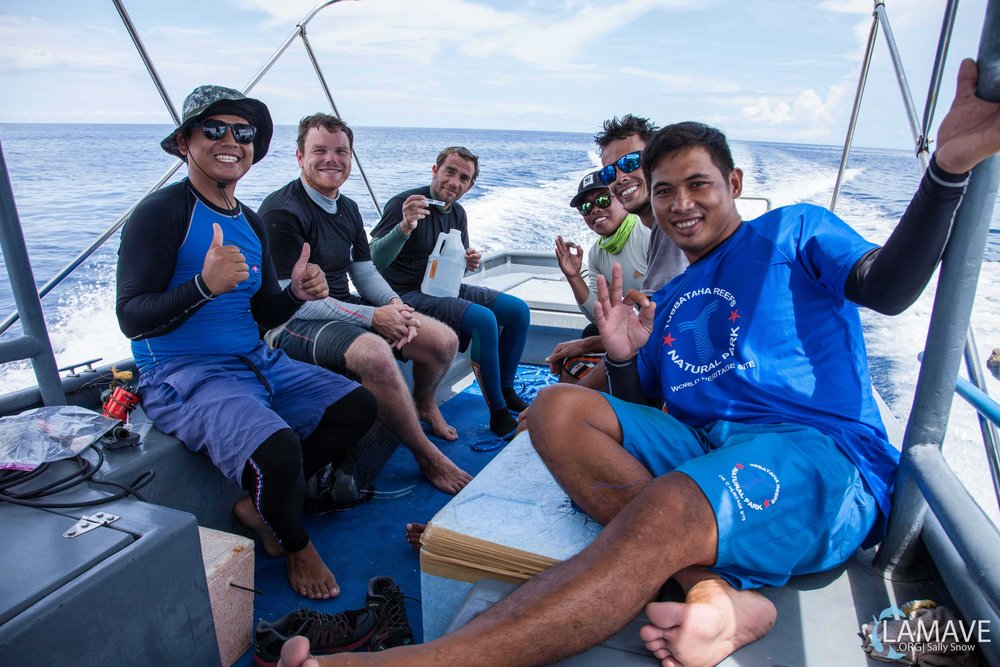 The research team including the Rangers of Tubbataha Reefs