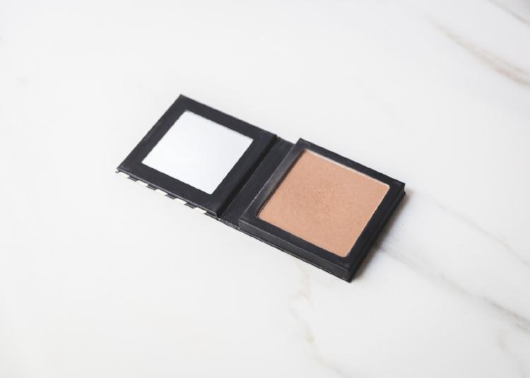 Beautycounter-Color-Contour-Matte-Bronzer