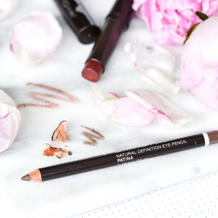 Alima Pure Eyebrow Pencil - Finally, a clean brow pencil that works. It's smooth, blendable and perfect for whether you like your brows subtle or bold like Cara Delevingne.