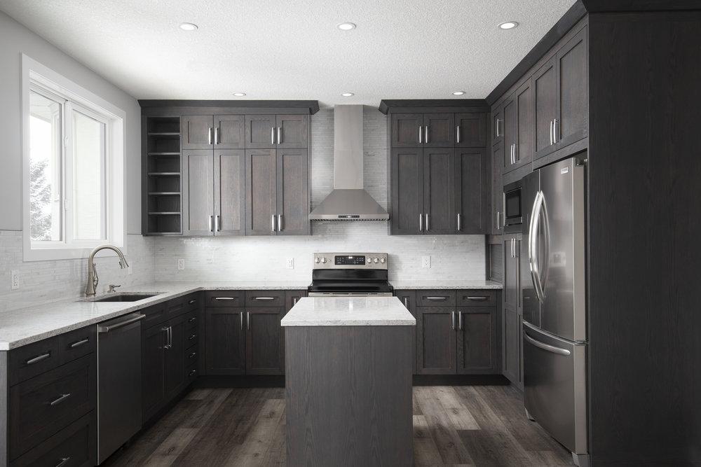 Secondary suite - kitchen 2.jpg