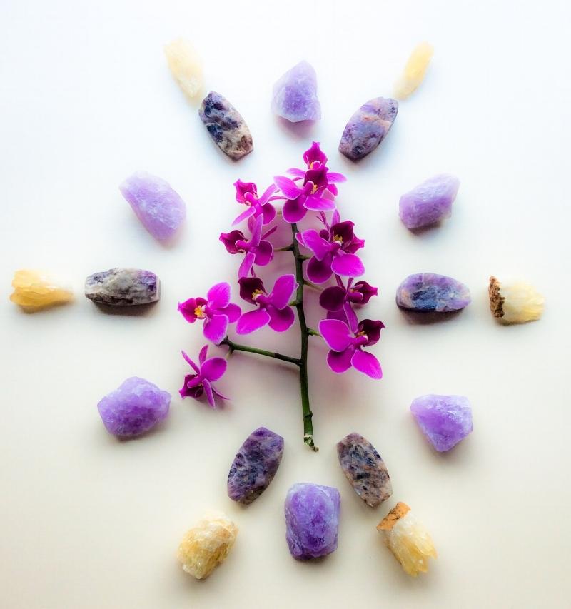 amethyst with flowers.jpg