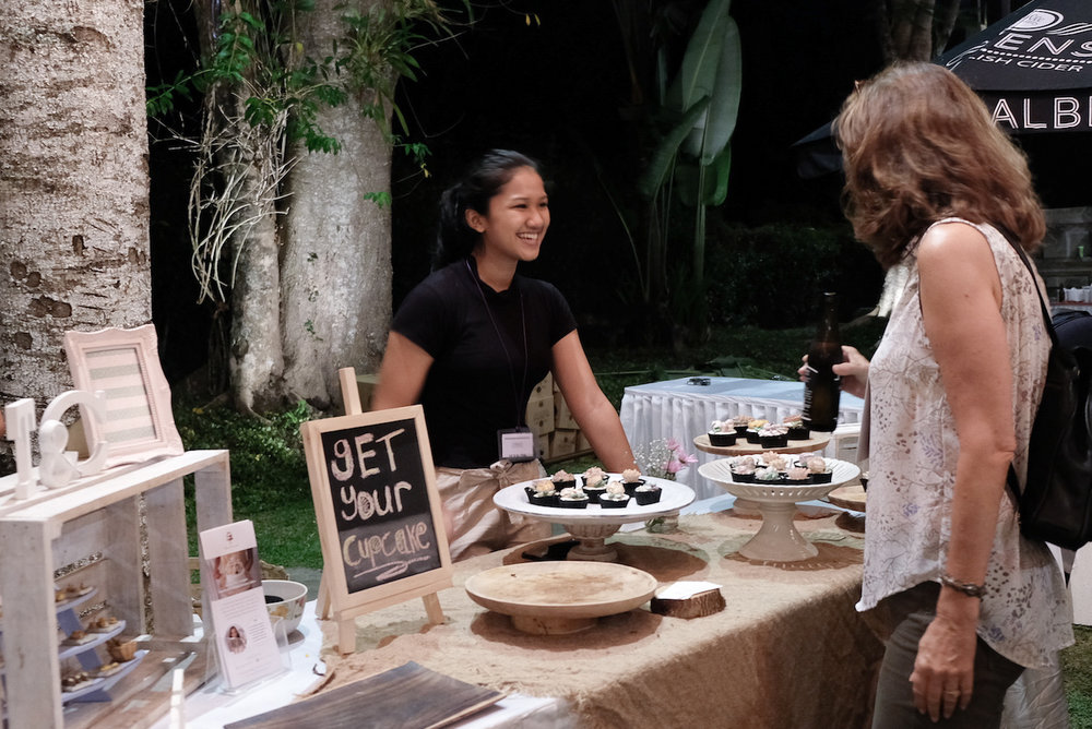 I needed all the help I could get to serve the cupcakes while I was engaged in making more creations to complete the cupcakes. Meet Diah! She is a student at Kul Kul Connection, Green School Bali. She has been so sweet and really helpful throughout the day :)