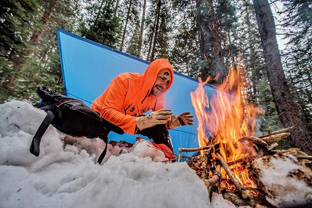 Essential Outdoor Survival Skill #2: Fire A camping trip with your friends and family can be fun, but not if you are freezing. Keep calm and stay warm. Make your camp lit no matter what the conditions with the Endure Metal Match Kit.                                Learn five essential survival skills that will save your life (LINK IN BIO)