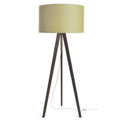 colouredby-stehlampe-eiche-dunkel-lampenschirm-hellgruen-min.jpg