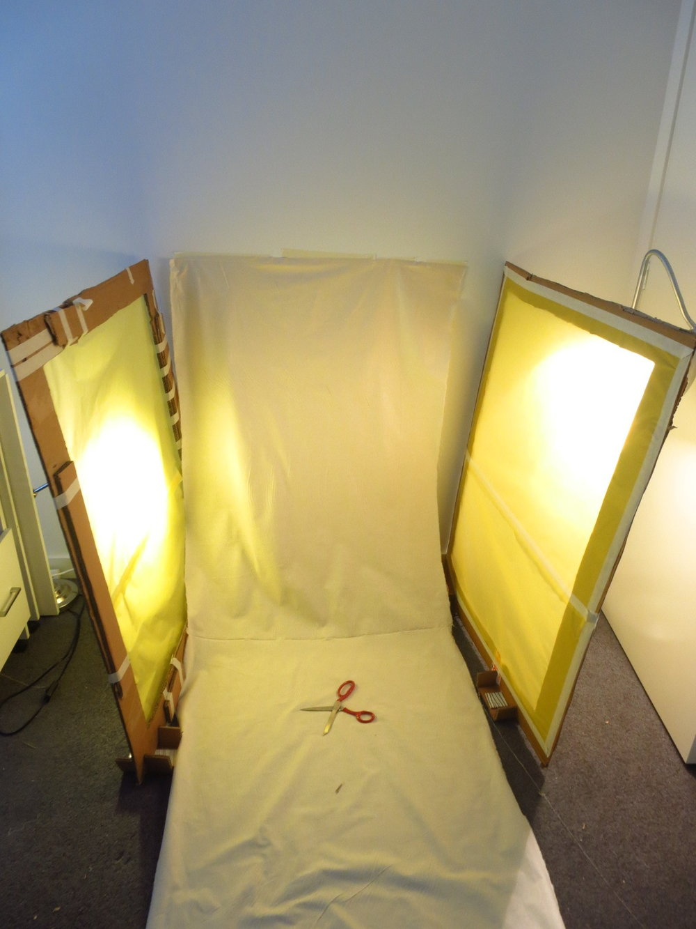 DIY light box, home-made light box for photography